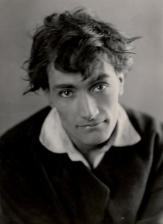 Antonin Artaud pour le film de Marcel Vandal (1926). Épreuve argentique d'époque (20,5x15 cm)