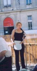 Lecture de June Shenfield au Marché de la Poésie.